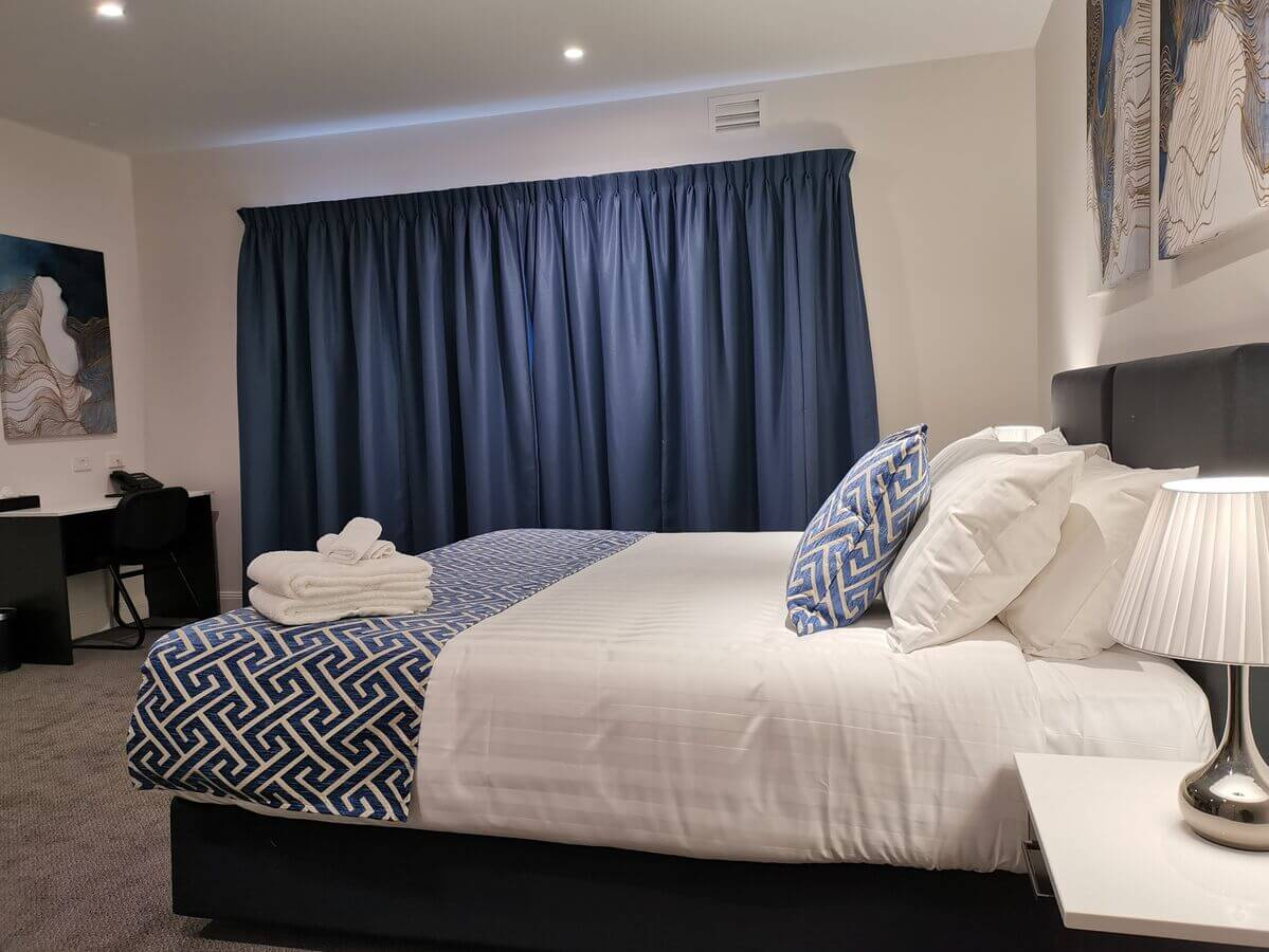 Accessible Room | Accessible Room | Disability Accessible Room Accommodation - The Abbey Motel in Goulburn NSW