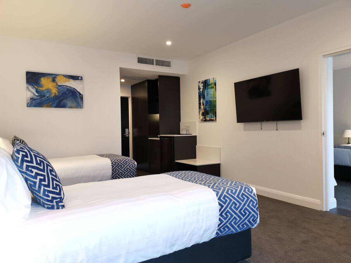 Deluxe Twin   Deluxe Twin   The Abbey Motel Accommodation in Goulburn NSW - Deluxe Twin Room